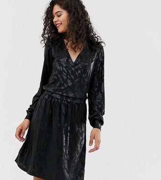 Vero Moda Tall foil floral print wrap mini dress in black-Multi