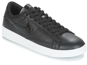 new style eecbd 5697c BLAZER LOW ESSENTIAL W women's Shoes (Trainers) in Black