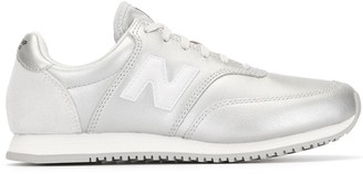 New Balance WL373 low-top sneakers