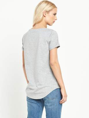 Very Perfect Scoop Neck T-Shirt