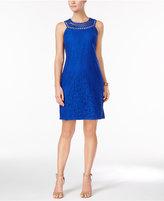 Jessica Howard Open-Weave Lace Shift Dress