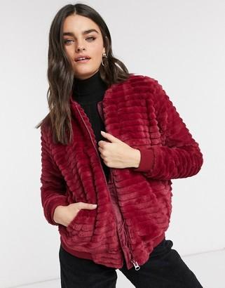 ELVI faux fur bomber jacket in red