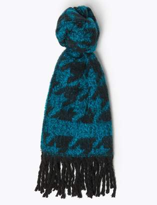 M&S CollectionMarks and Spencer Boucle Dogtooth Print Scarf