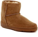 Minnetonka Genuine Sheepskin Ankle High Pug Boot (Women)