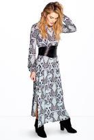 Boohoo Silviana Tie Waist Split Midi Dress