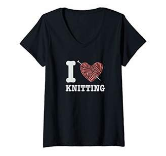 Womens I Love Knitting Gift for Knit Club Queens & Grans V-Neck T-Shirt