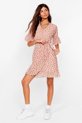 Nasty Gal Womens Good to Grow Floral Wrap Mini Dress - Peach