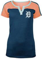 5th & Ocean Women's Detroit Tigers Color Block V-Notch T-Shirt