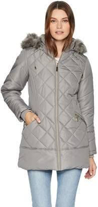 Details Women's Diamond Quilt Puffer Coat with Fashion Faux Fur Trim