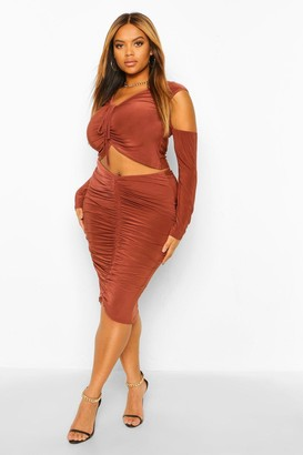 boohoo Plus Size Ruched Front Set