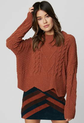 Singer22 CHENILLE CABLE KNIT SWEATER