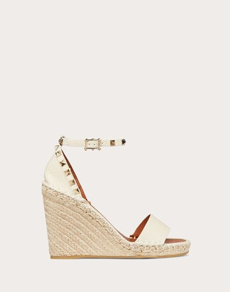 Valentino Rockstud Double Grainy Calfskin Wedge Sandal 95 Mm Women Bright Cognac/poudre Calfskin 100% 39