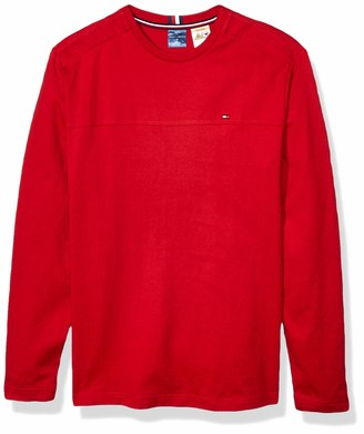 Tommy Hilfiger Men's Adaptive Solid Long Sleeve T Shirt with Magnetic Buttons at Shoulders