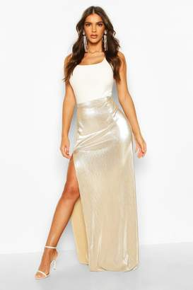 boohoo Metallic Plisse Thigh Split Maxi Skirt