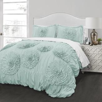 Better Homes & Gardens Better Homes and Gardens Ruffled Flowers Handcrafted Comforter & Sham Set