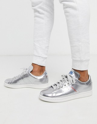 adidas stan smith trainers silver leather tech pack