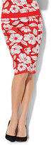 New York & Co. 7th Avenue - Pull-On Knit Pencil Skirt - Floral