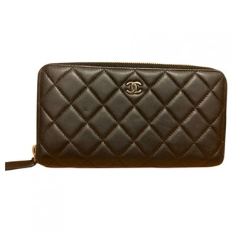 Chanel Timeless/Classique Black Leather Wallets