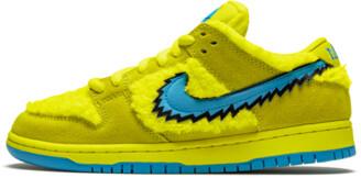 Nike SB Dunk Low 'Grateful Dead - Yellow Bear' Shoes - Size 4