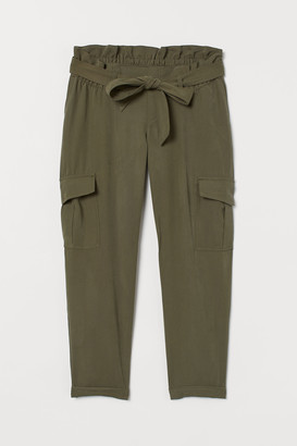 H&M MAMA Utility trousers