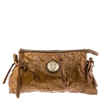 Gucci Hysteria Metallic Patent leather Clutch bags