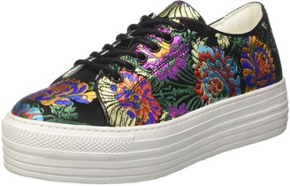 Cult Women's Kiss Low 2242 Trainers