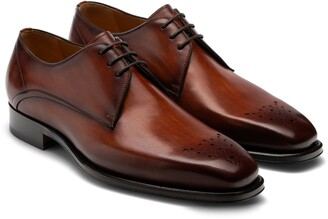 Magnanni Merrion Medallion Toe Derby