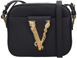 Versace Shoulder Bag In Black Leather