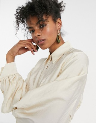 And other stories & clasp back sculptured blouse in beige