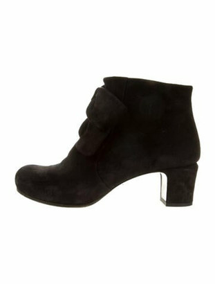Chie Mihara Suede Bow Accents Boots Black