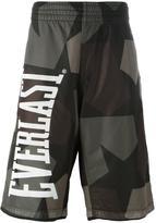 Ports 1961 camouflage print bermuda shorts - men - Cotton - M
