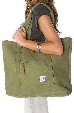 Herschel Supply The Market XL Tote in Washed Army Cotton Canvas