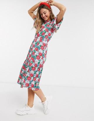 Influence puff sleeve midi dress in bold retro floral print