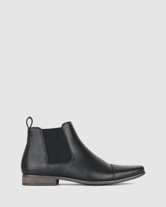 betts Lucas Chelsea Boots