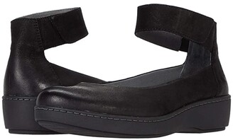 Dansko Emmie (Black Burnished Suede) Women's Shoes