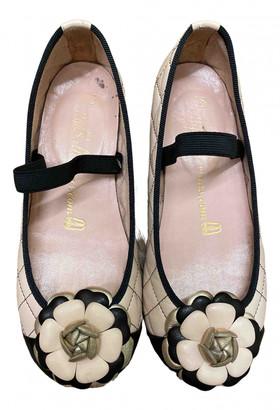 Pretty Ballerinas Pink Leather Ballet flats