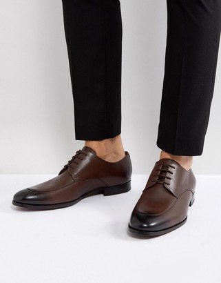 HUGO BOSS Hanover Derby Shoes in Brown