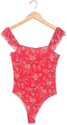 Socialite Flutter Sleeve Squareneck Bodysuit