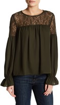 Romeo & Juliet Couture Lace Ruffle Sleeve Blouse
