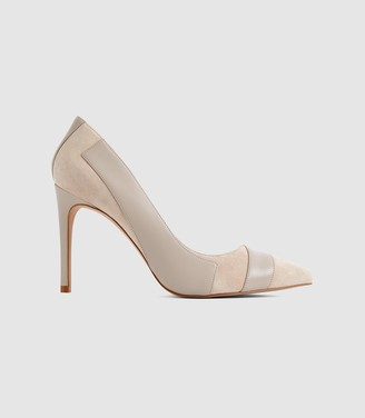 Reiss Augusta - Point Toe Court Shoes in Neutral