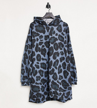 ASOS DESIGN Curve mini sweatshirt hoodie dress in all over blue leopard print