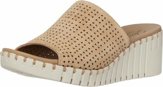 Skechers PIER AVE - Urban Escape - Soft Suede Upper in a Wedge Heeled Casual Comfort one Band Slide Sandal Tan