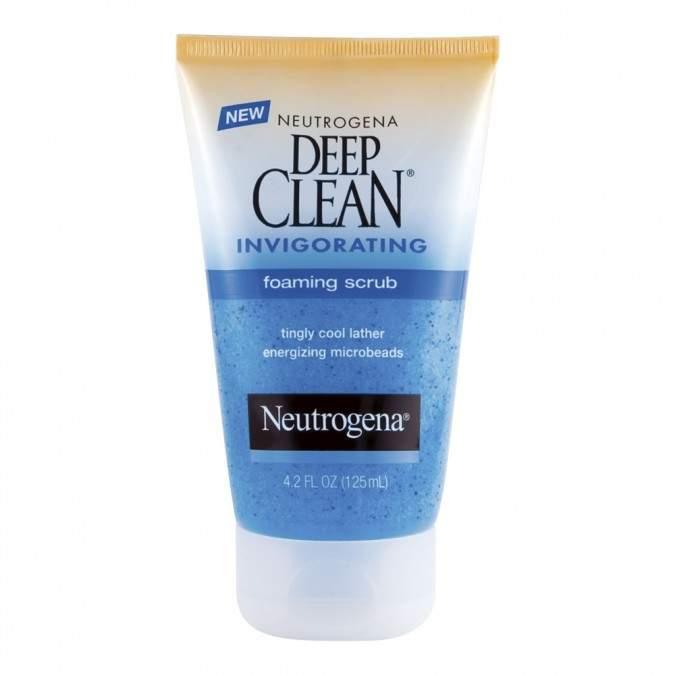 Neutrogena Deep Clean Invigorating Foaming Scrub 125 mL
