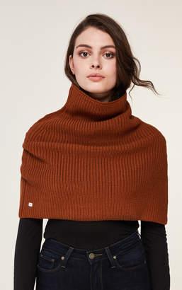 Soia & Kyo AVIA mock neck warmer with slit
