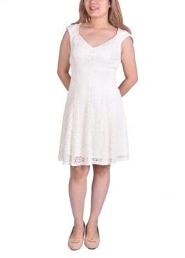 NY Collection Women's Sleeveless Lace Dress