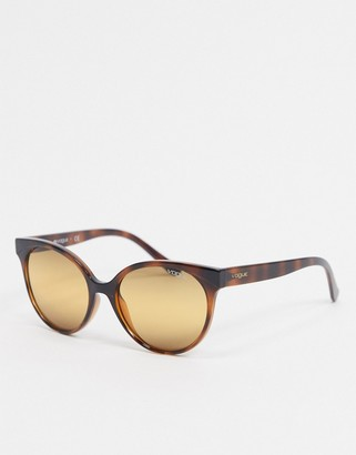 Vogue round sunglasses in tortoise shell