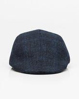 Le Château Check Print Flannel Cabbie Hat