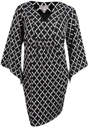Robbie Bee Women's Plus Size Geo Print Dress Black/White 1X