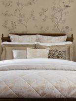 Sferra Lumia Egyptian Cotton Quilted Coverlet