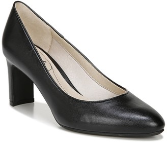 LifeStride Gigi Pointed Toe Pump - Wide Width Available